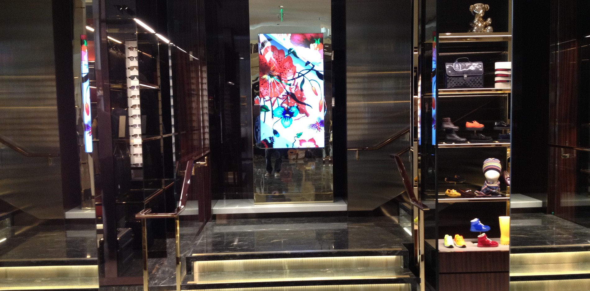 4513a676f8c Gucci Flagship - Luxury Retail - Beverly Hills