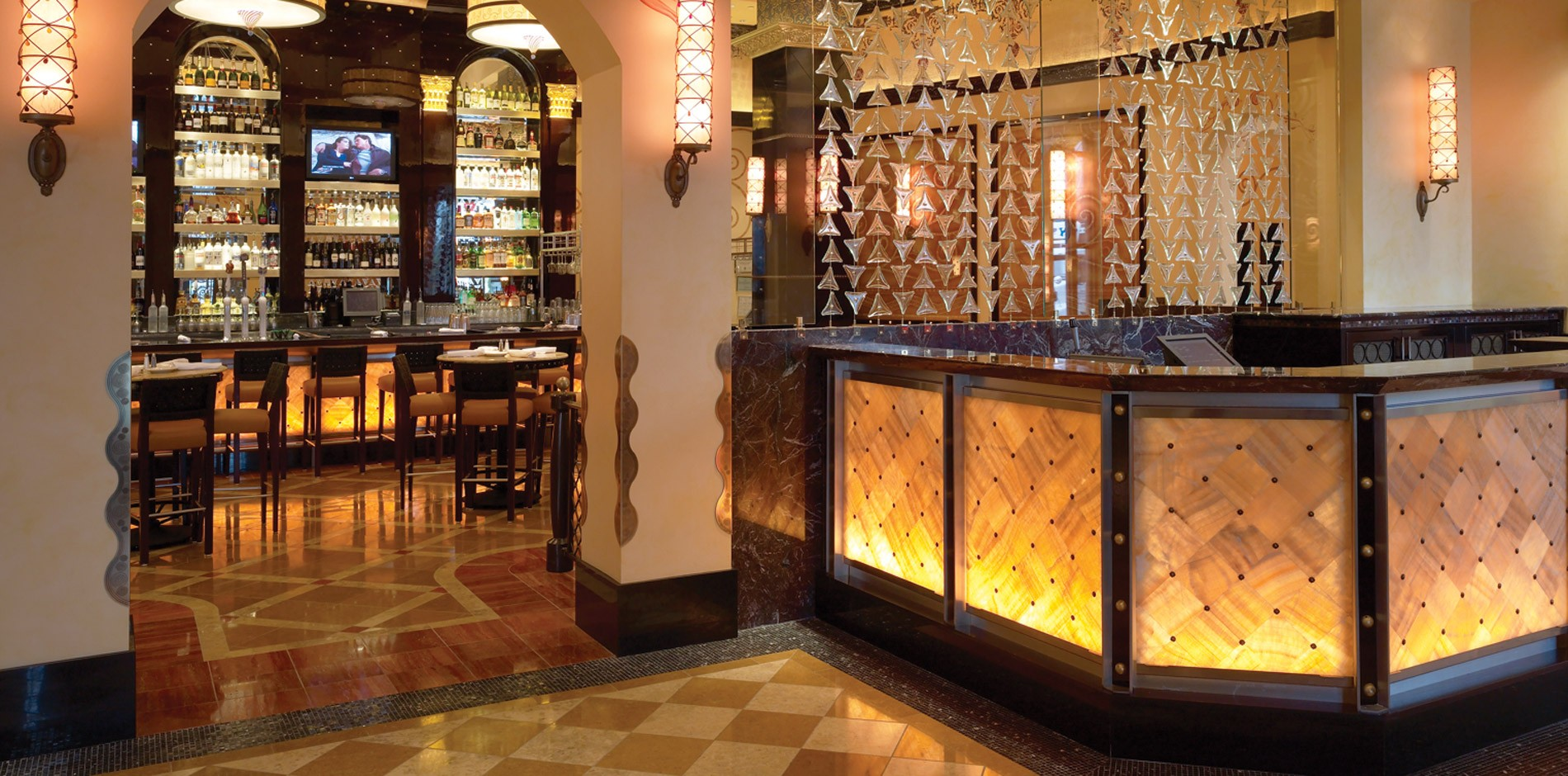 Grand Lux Cafe Benefits