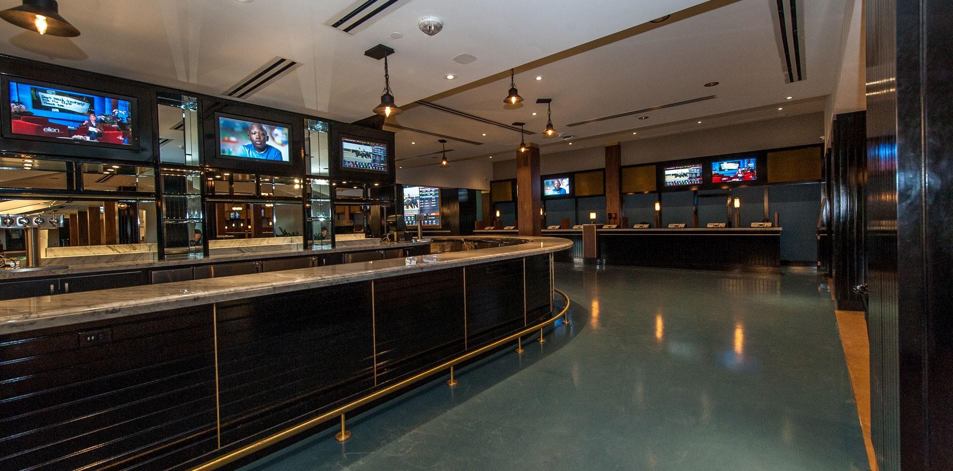 Clubhouse Mezzanine At Santa Anita Park Food Amp Beverage